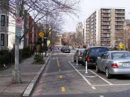 DC cycletrack image from velotraffic.com