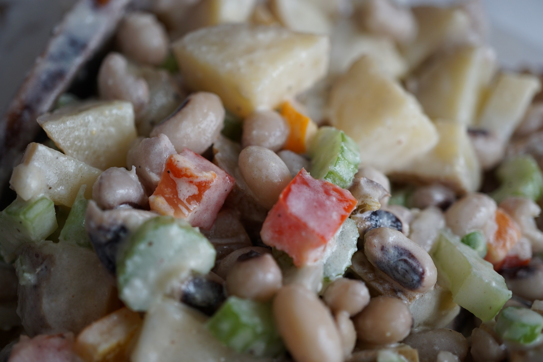 Black Eyed Pea Potato Salad For A Picnic Her Green Life
